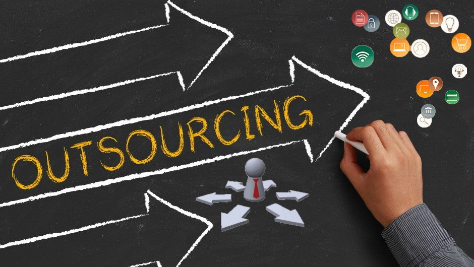 What businesses should partner with an HR outsourcing agency?